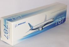 Boeing 787-9 House / Demo / Test Livery Hogan Collectors Model 1:200 EJ